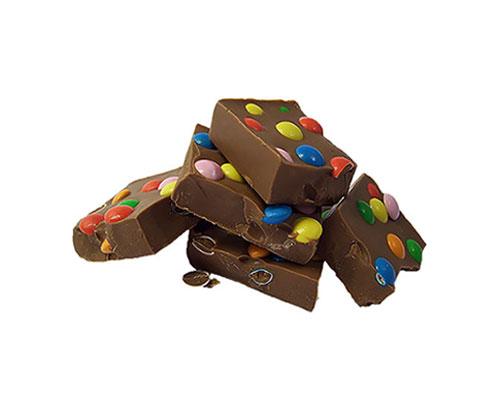 color up your life chunky bar reep van melkchocolade met mini smarties. Black Bedroom Furniture Sets. Home Design Ideas