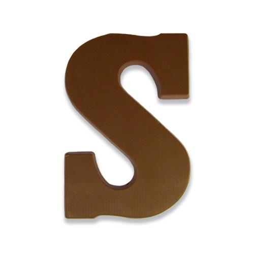 Letter S van melkchocolade