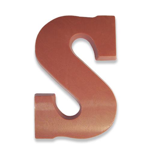 Letter S van Ruby chocolade
