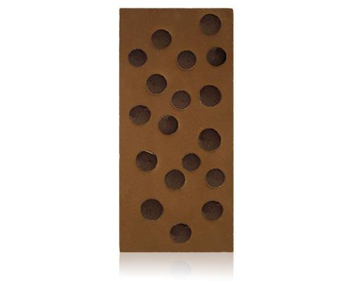Chocolade met druppels van pure chocolade